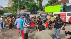 DPC Sahabat Ganjar Bagikan Sembako